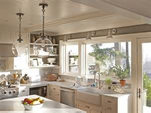 How To Apply Backsplash In Kitchen Don T Make These Diy Kitchen Backsplash Mistakes The Pendant Lights And Sinks