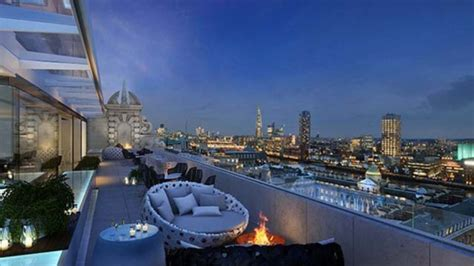 best roof top bar the best rooftop bars around the world you need to hit this summer stylecaster