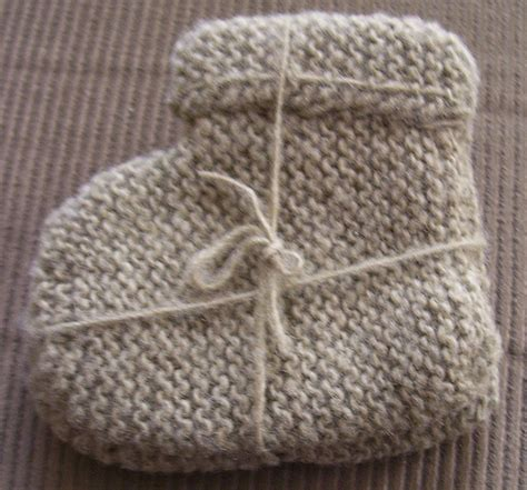 easy baby booties knitting pattern free free knitting pattern easy baby booties