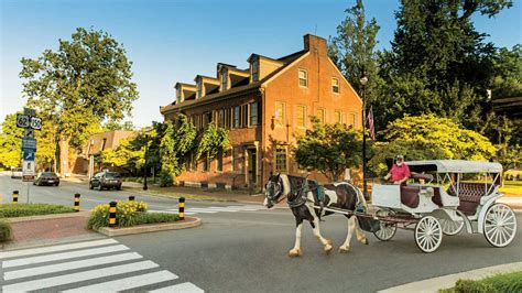 best small towns to live in the south bardstown kentucky small towns we southern living
