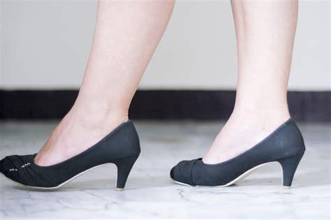 how to wear high heels high heel foot wallpaper