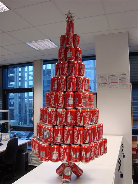 coca cola christmas tree oh look a soda can christmas