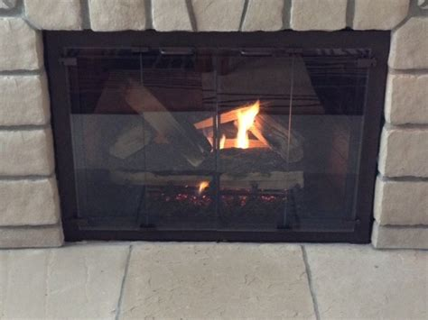 Gas Fireplace Doors by Glass Fireplace Doors Gas Logs Or Features By