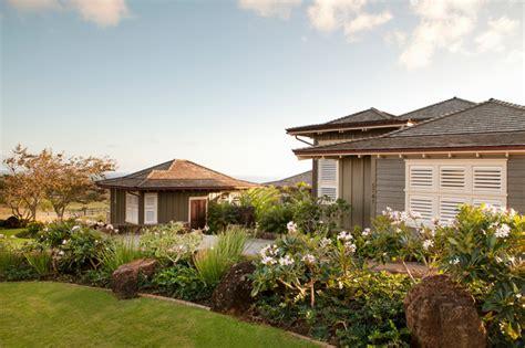 tropical home exterior
