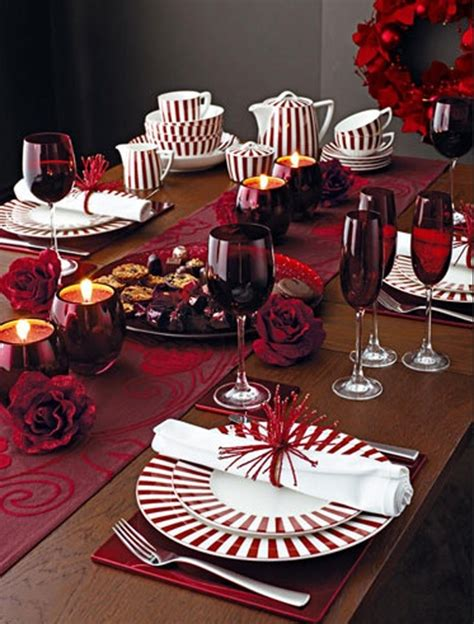 Dining Room Centerpieces by Pink Christmas Table Setting Ideas