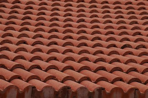 Roof Tiles Types The Types Of Roofing Materials Tra Snow Sun