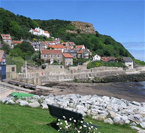 runswick bay cottage plum tree cottage