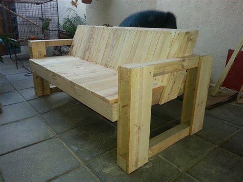sillon  maderas recicladas construir tv