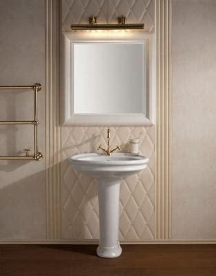 come illuminare lo specchio bagno lade da parete illuminare con stile