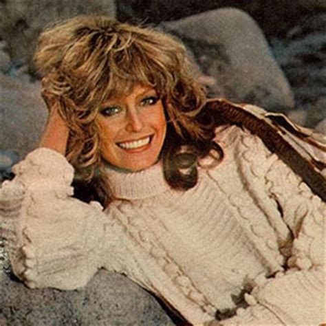 hairstylist giving a customer the 1970 s feathered look how to cut farrah fawcett haircut haircuts models ideas