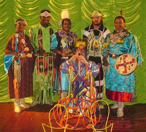 libro raza y cultura historia cultura y religi 243 n de dominica culturas religiones y creencias