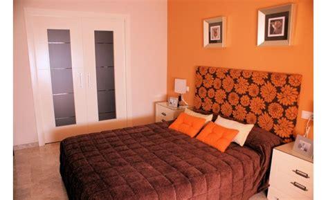 imagenes para pintar una recamara pintar un dormitorio de color naranja