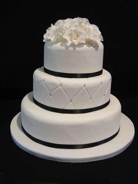 3 tier wedding cake images madisons cafe designer wedding cakes award winning
