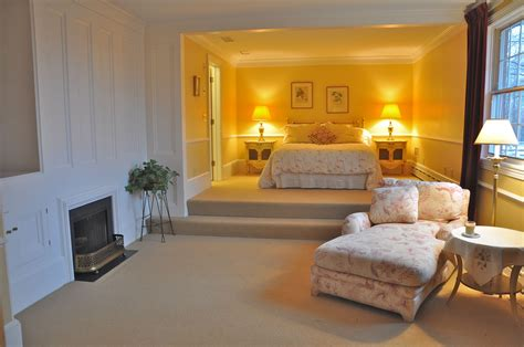 fabulous sitting room ideas  master bedrooms greenvirals style