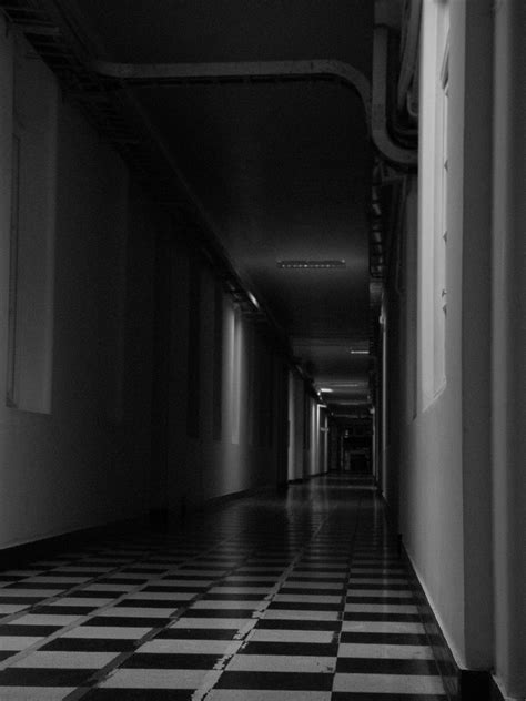 Pasillos oscuros - Decorar pasillos oscuros - Ideas