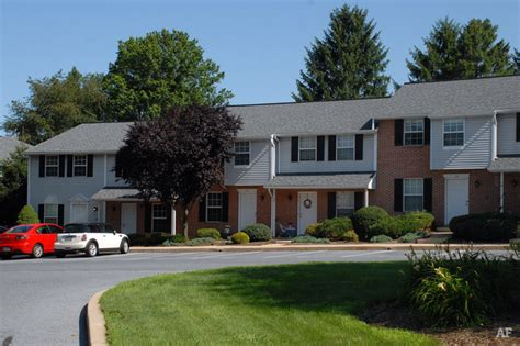 sunnybrook townhouses apartments lancaster pa charleston townhouses lancaster pa apartment finder