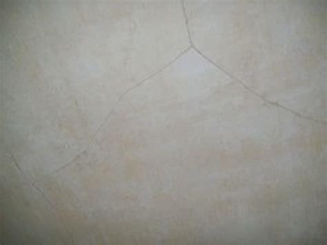 repairing cracks in ceiling cracked plaster ceiling repair images