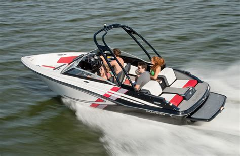 rec boat holdings brands 2013 movers shakers boating industry