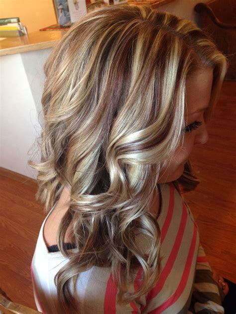 Amazing Multi Colored Highlights The Haircut Web Amazing Multi Colored Highlights Hair Cabello Color De Cabello Y Color De Pelo