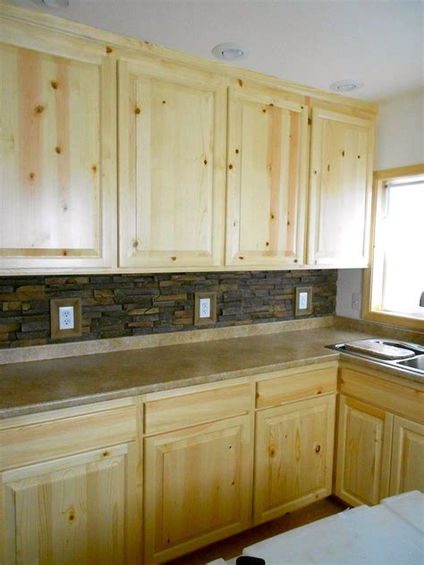 kitchen cabinets on knotty pine walls 16 best knotty pine cabinets kitchen images on pinterest
