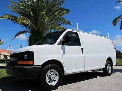 sell used 2009 chevrolet express 2500 cargo van fleet maintained work van box van racks in