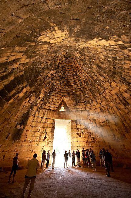 interior   treasury  atreus agamemnons tomb