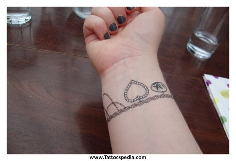 Name Tattoo Ankle Bracelet 4 Ankle Bracelet Tattoos With Names