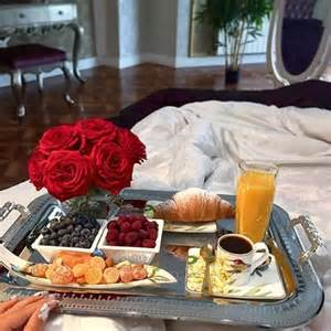 Romantic Dinner Ideas For Home 17 Best Ideas About Breakfast In Bed On Pinterest Romantic Breakfast Champagne Breakfast And
