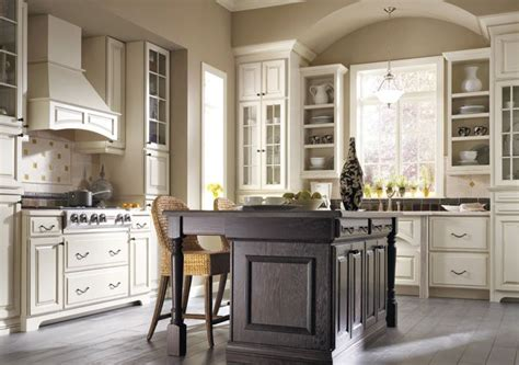 thomasville kitchen islands 24 best images about kitchen thomasville cabinets on sliding shelves river rocks