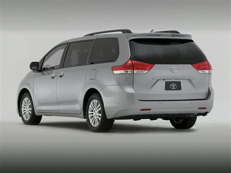 toyota van 2014 toyota sienna price photos reviews features