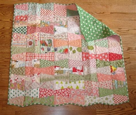 How To Make Quilt For Baby by Baby Tumbler Bows Quilt Pattern Pdf Pattern