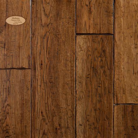 Floor In by Homestead Hardwoods Flooring