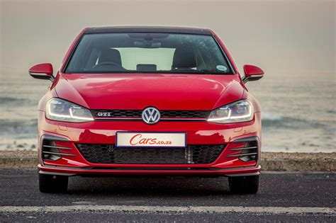 Vw Gti Review by Volkswagen Golf Gti 2017 Review Cars Co Za