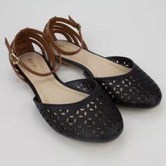 Two Sandals Womens - 1000 ideas about closed toe sandals on