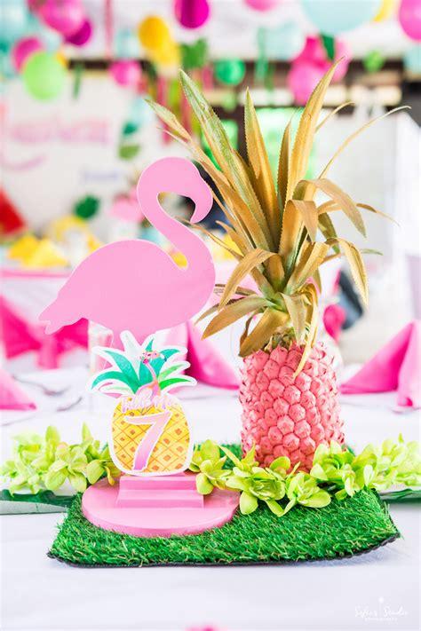 Kara s party ideas chic flamingo birthday party kara s party ideas