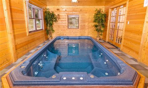 Gatlinburg Tn Cabins With Pools by Gatlinburg Cabin Rentals Dipping One Of The Most