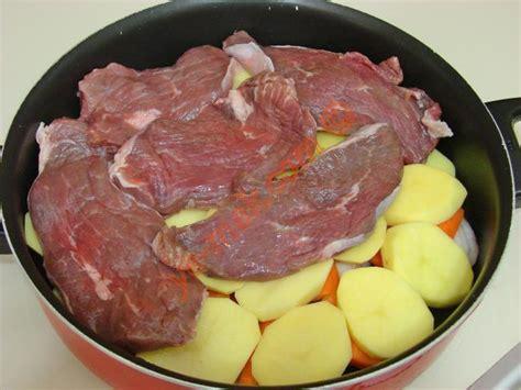 lezzetli etli yemek tarifleri sulu yemek tarifleri sebzeli sulu kofte et yemekleri resimleri