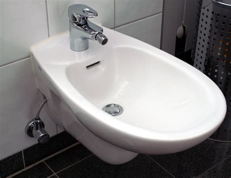 bidet in surprisingly intercultural