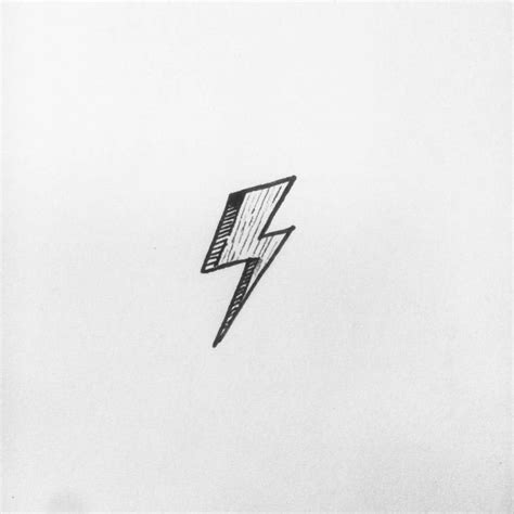 david bowie lightning bolt tattoo 17 best ideas about david bowie on