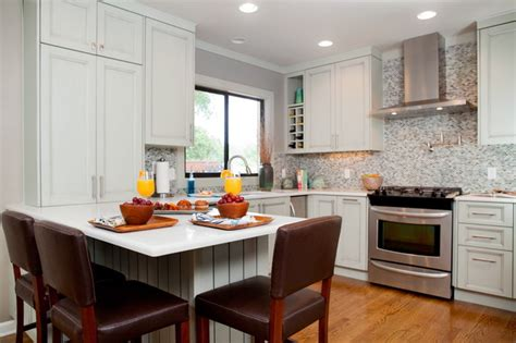 Small Kitchen Design Houzz Small Cottage Kitchen Traditional Kitchen
