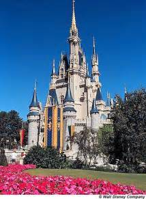 Disney theme park s located at walt disney world in central florida