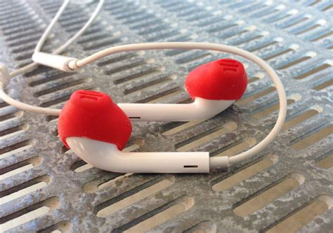 apple earpods review earskinz are an almost essential accessory for your apple