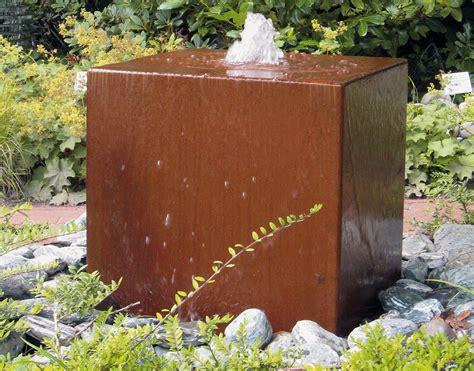 moderne wasserspiele moderne gartenbrunnen moderner gartenbrunnen verschiedene