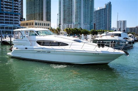 boat rental luxury boat rentals miami fl sea ray express cruiser 1171