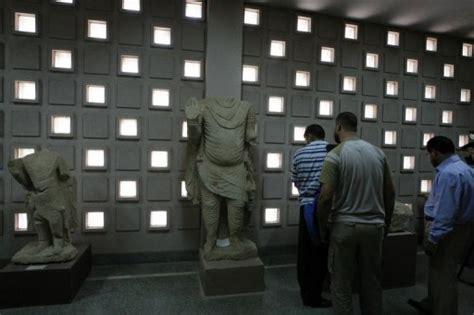 lustre pilles ancien irak la difficile renaissance du mus 233 e national sept ans