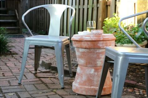Diy Patio Side Table by 16 Stylish Diy Side Tables For Your Home Or Garden