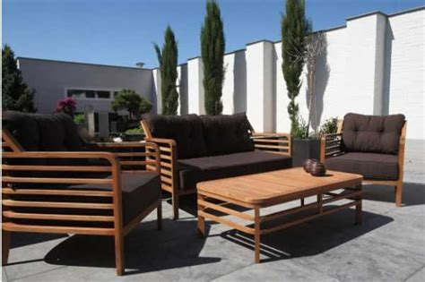 Modern Outdoor Furniture Creating Perfect Small Outdoor Modern Wood Outdoor Furniture
