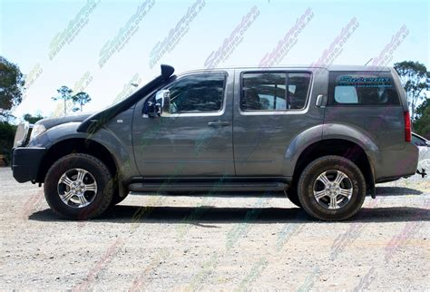 nissan pathfinder fitted heavy duty airbags