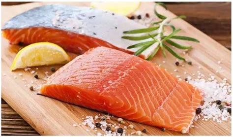 Pembersih Ayam manfaat daging salmon dan tips mengolahnya