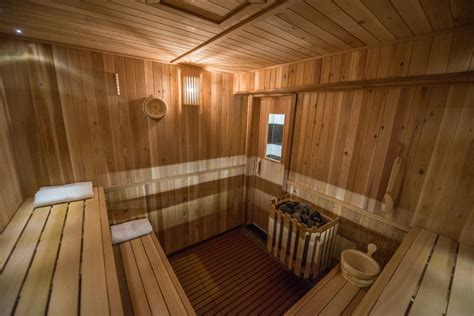 banya st jacques the authentic montreal russian sauna